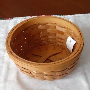 "Round woven wood basket 8 1/2""  NWT"